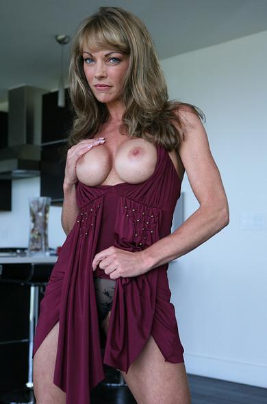 Shayla LaVeaux boobjob